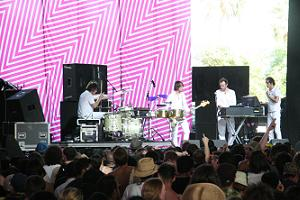 mojo-photo-soulwax.JPG